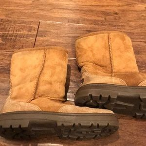 UGG boots size 8 Ultra Short style